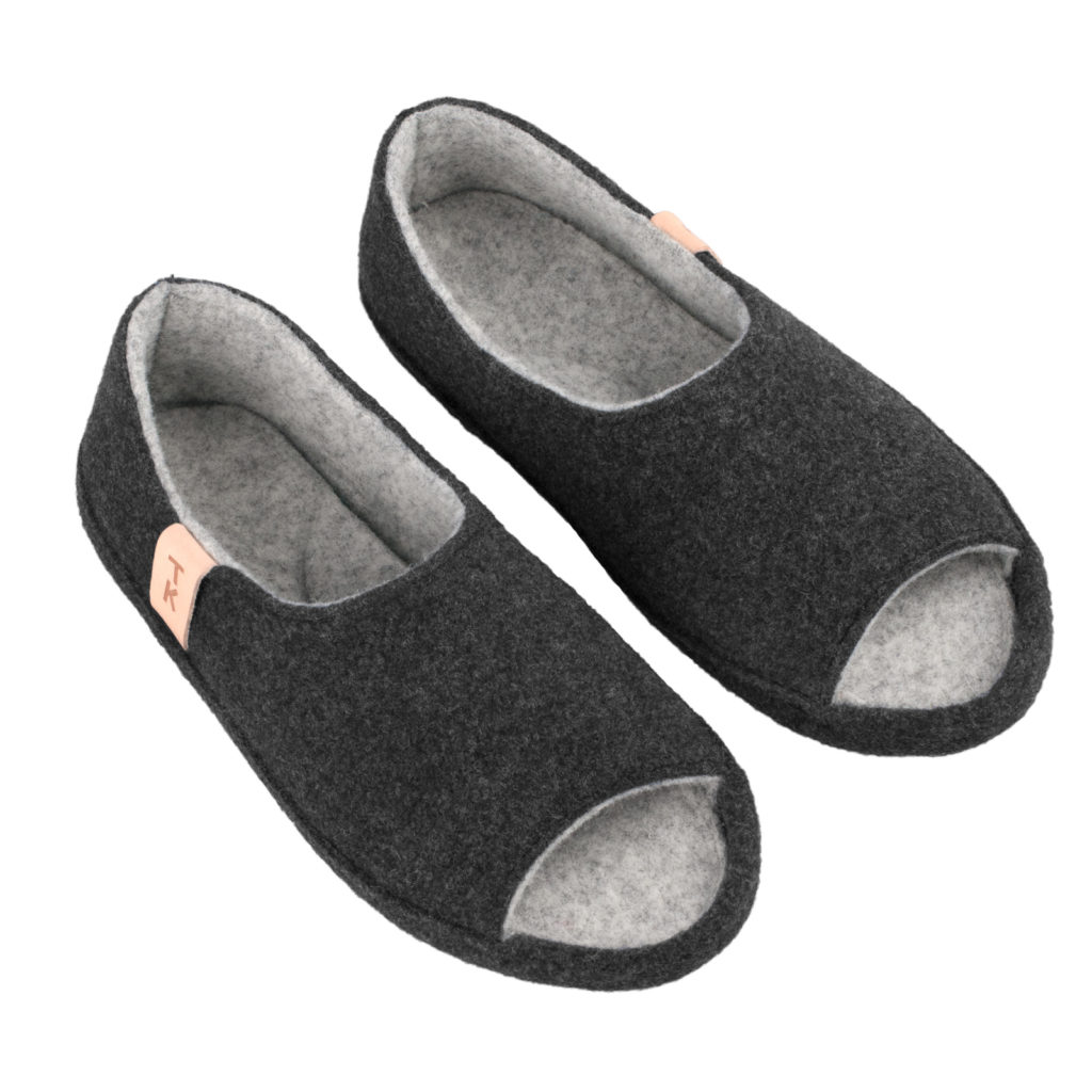 Comfortable slippers, Bern dark gray