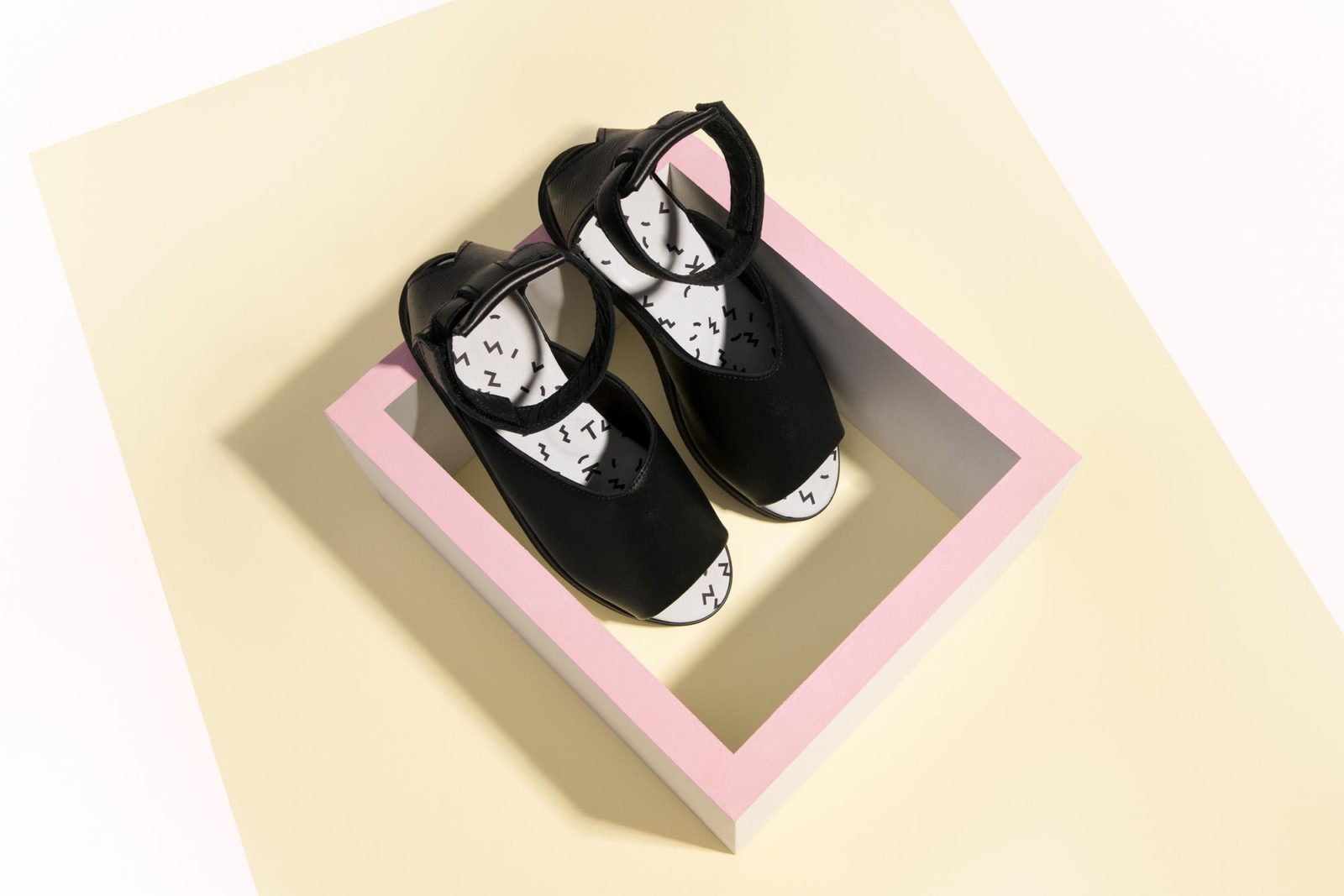 Minimal nordic shoes